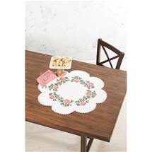 Roses On Scalloped Table Topper