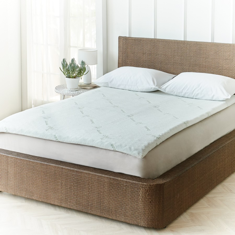 Bamboo Cover Amp Cool Gel Mattress Topper Innovations